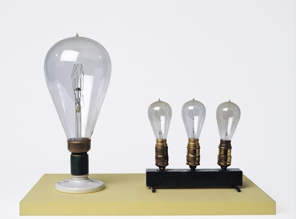 Catherine Wagner, A Narrative History of the Lightbulb