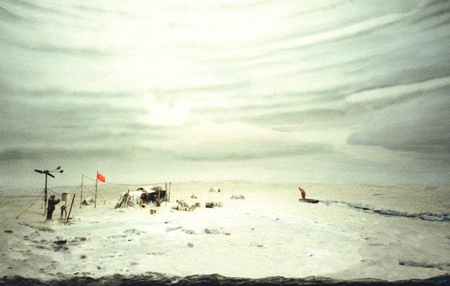 Arktis_3:  Errinerungslandschaften. UBI NEC AQUILA.