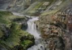 waterfall vertical 002